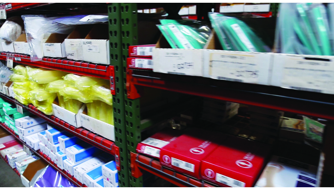 WarehouseShelves